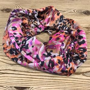 Cheetah print splashes of colors infinity scarf